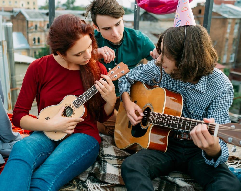 Guitar-and-Ukulele-Duet